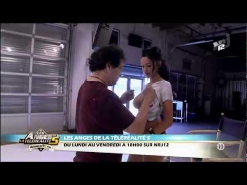 Nabilla : sa séance de body painting enflamme la toile