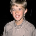 14-Haley-Joel-Osment-