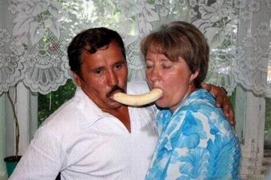 ss-130122-awkward-vday-Bananas.ss_full-545x361