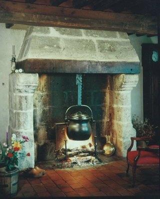 Le saviez vous 48 d 39 o vient la tradition de pendre la for Pendre la cremaillere cadeau