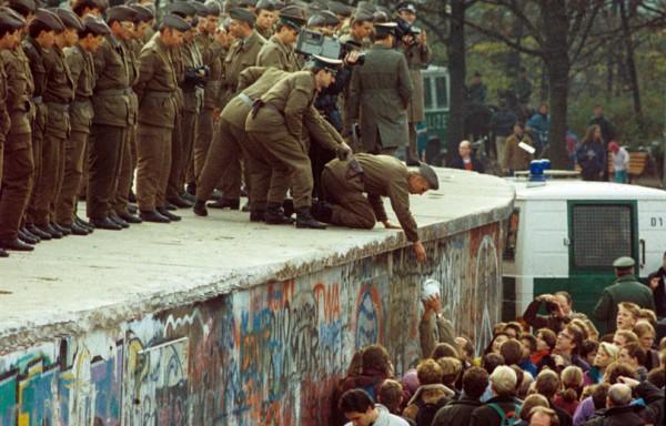 mur-de-berlin-solidarite_pics_809