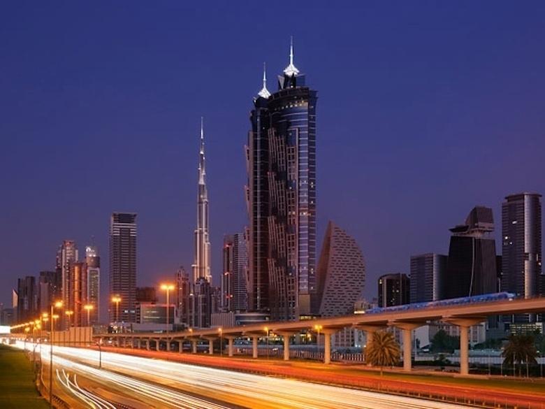 1.-Le-JW-Marriott-Marquis-a-Dubai_exact780x585_l