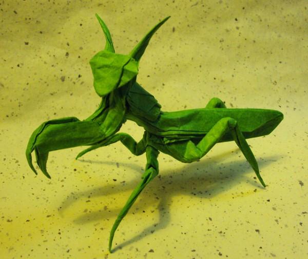 des-feuilles-de-papier-se-metamorphosent-en-magnifiques-animaux-grace-a-des-origamis19