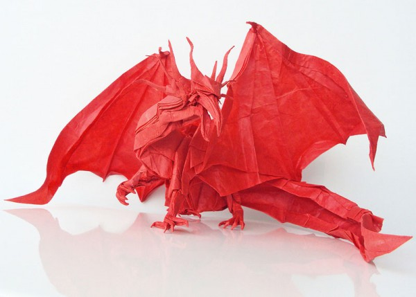 des-feuilles-de-papier-se-metamorphosent-en-magnifiques-animaux-grace-a-des-origamis2
