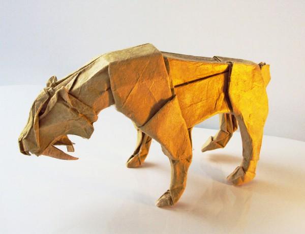 des-feuilles-de-papier-se-metamorphosent-en-magnifiques-animaux-grace-a-des-origamis3
