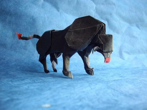 des-feuilles-de-papier-se-metamorphosent-en-magnifiques-animaux-grace-a-des-origamis7