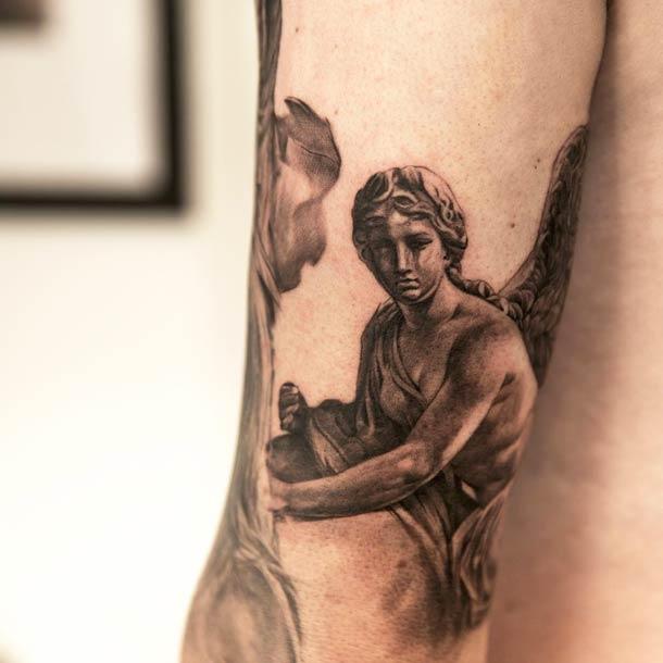 Niki-Norberg-realistic-tattoos-16