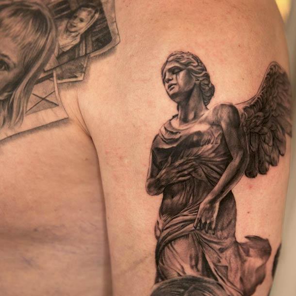 Niki-Norberg-realistic-tattoos-18