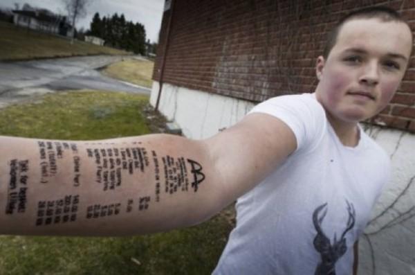 Un Norvegien Se Fait Tatouer Son Ticket De Caisse Mcdo Sur L Avant