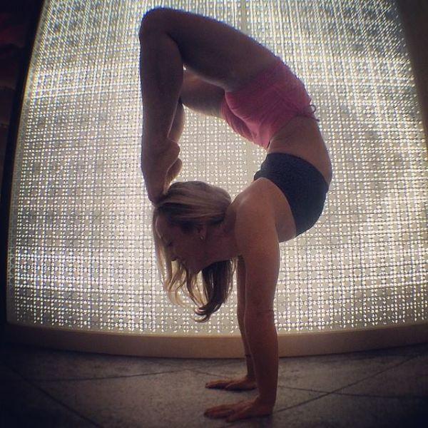 yoga_instructor_38