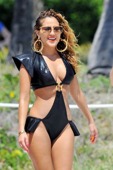 Cleavage Jenn Murray nudes (35 images) Bikini, YouTube, cleavage
