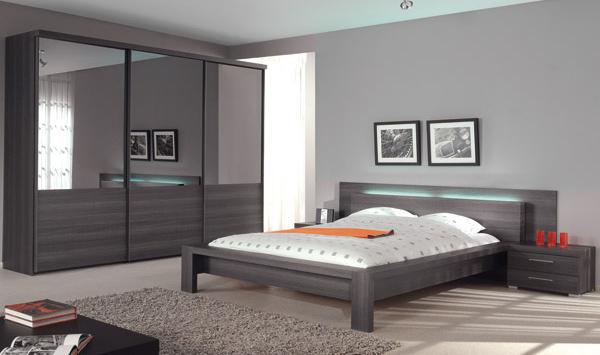 Le saviez vous 273 la couleur de votre chambre pourrait - Chambre blanche et bleu ...