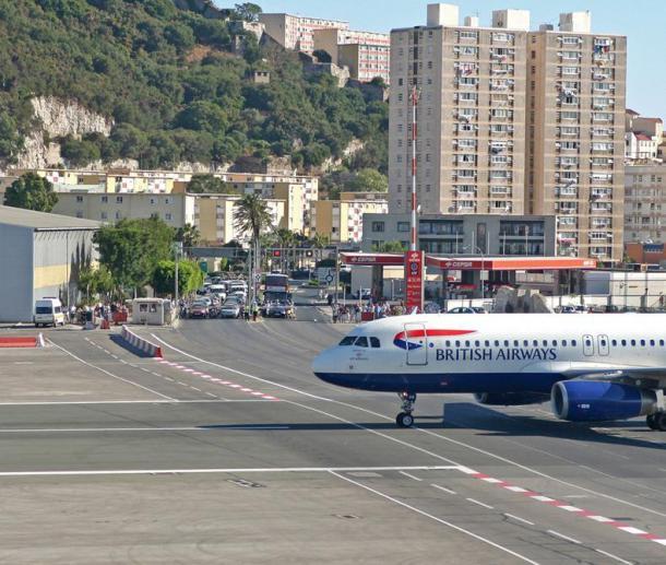 gibraltar-airport-12[2]