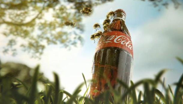 Ah tout ce sucre, tout ce sucre ! En été, en laissant une bouteille ouverte, vous vous éviterez quelques insectes. ceux-ci sont en effet irrémédiablement attirés par le Coca !