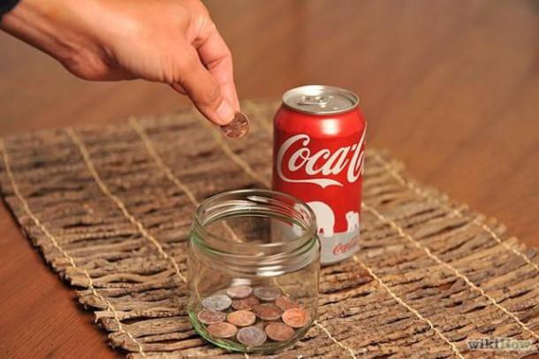 Si vous avez des pièces de monnaie sales, trempez-les dans du coca !