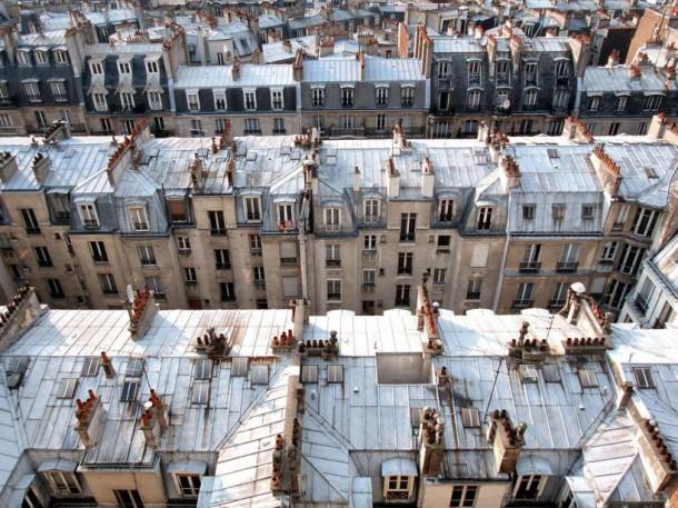 Toits parisiens (CHAMUSSY/SIPA)