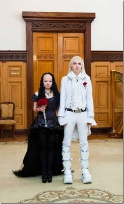Des robes de mariées qui déchirent Rm5-427x700