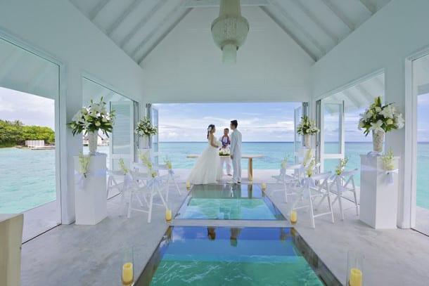 wedding-pavilion-water-landaa-giraavaru-maldives-6