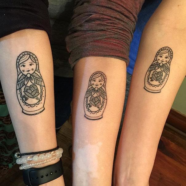 35 id es de tatouages se faire faire entre soeurs pour - Tatouage de soeur ...