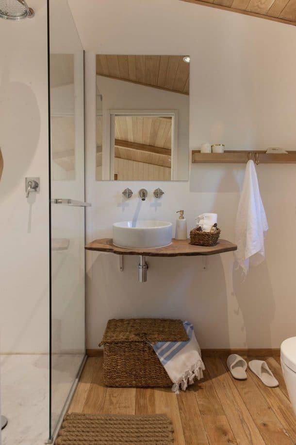 10 salles de bains en chambres d 39 h tes qui vont vous faire r ver d 39 un bon bain chaud - Que mettre dans un panier garni ...
