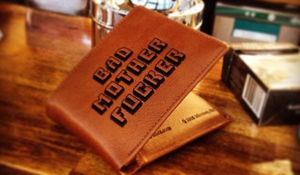Enorme le portefeuille bad motherfucker de pulp fiction - Porte monnaie pulp fiction ...