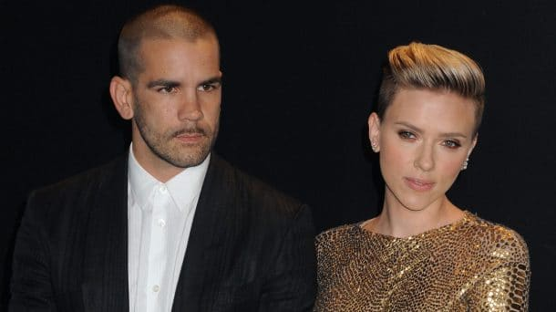 Elle divorce de son frenchie de mari — Scarlett Johansson