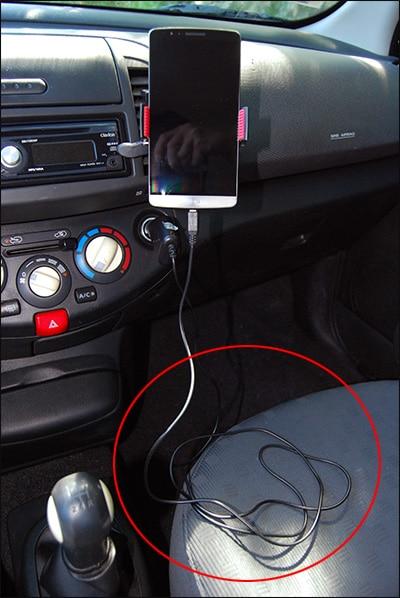 Astuce pour raccourcir un câble de téléphone trop long