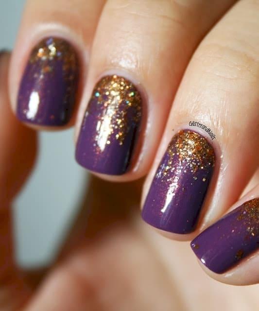 12 nail arts avec une base de vernis couleur prune essayer imm diatement. Black Bedroom Furniture Sets. Home Design Ideas