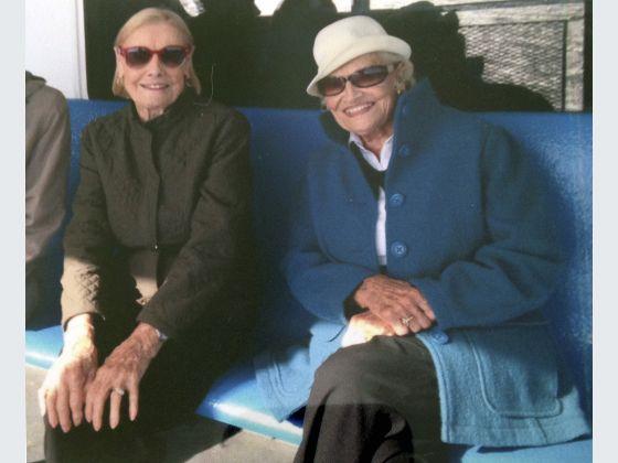 Des jumelles de 97 ans meurent le même jour