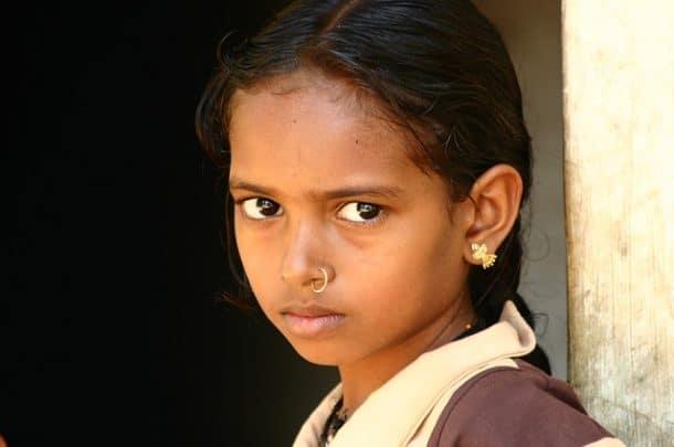 viol e par son beau p re elle tombe enceinte l ge de 10 ans la cour de new delhi vient de. Black Bedroom Furniture Sets. Home Design Ideas
