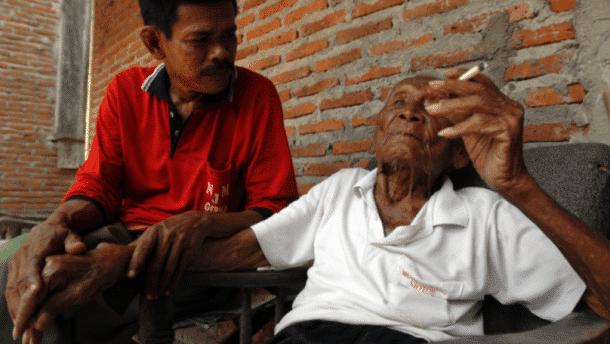 L 39 homme le plus vieux du monde est mort - L homme qui lit le plus vite au monde ...