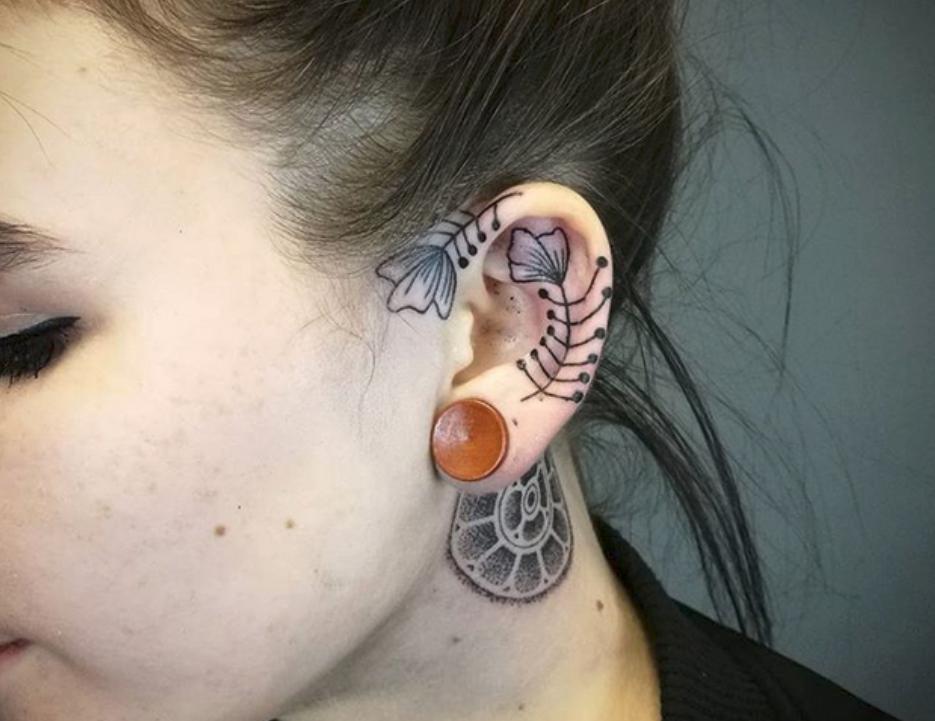 tattoos d couvrez le tatouage l 39 h lix la nouvelle tendance qui consiste se faire tatouer. Black Bedroom Furniture Sets. Home Design Ideas