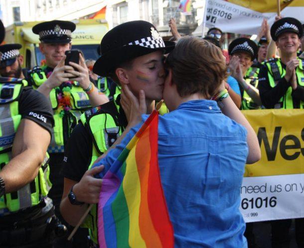 Gay Pride de Londres demande en mariage