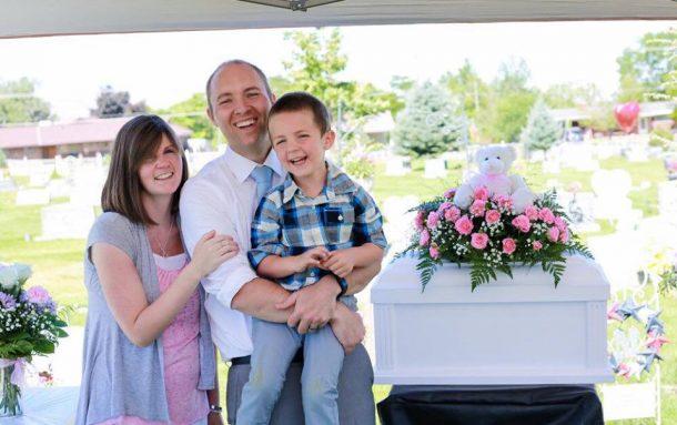 un couple americain perd cinq filles en 11 mois