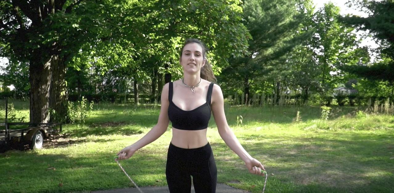 balade sans culotte fille sexy sport