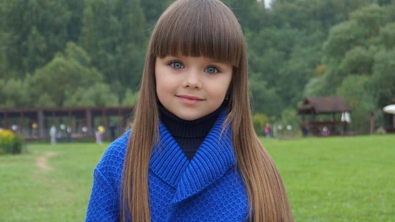 Seulement belle fille russe