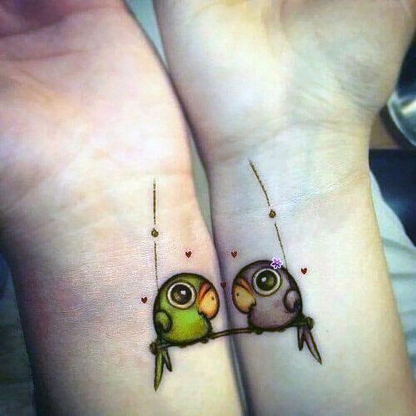 80 Tatouages Minimalistes A Faire En Couple L Amour Dans La Peau