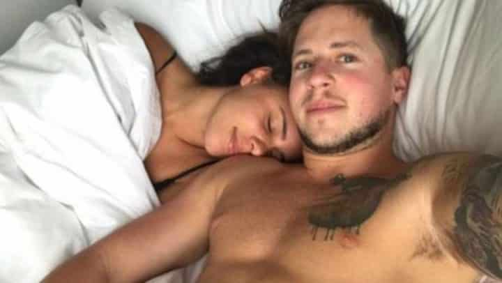 couple payé pour faire l'amour