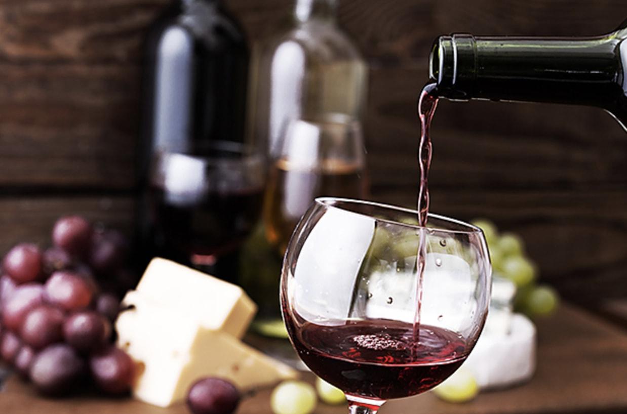 d 39 apr s une r cente tude boire deux verres de vin avant d 39 aller se coucher aurait des effets. Black Bedroom Furniture Sets. Home Design Ideas
