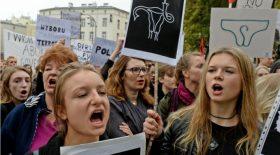 avortement, anti-avortement, affiche, scandale, Italie