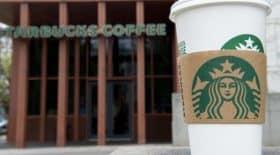 accusé de racisme, Starbucks prend une décision radicale et derme ses cafés américains