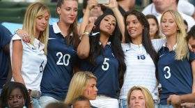 femmes de footballeur