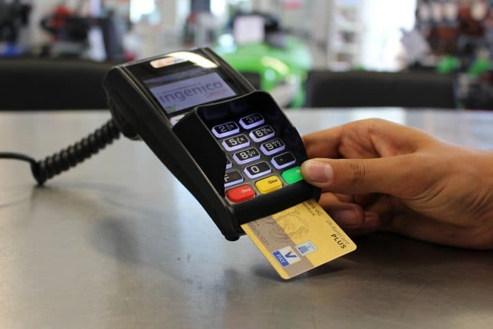 Vol De Carte Bancaire Le Paiement Sans Contact Fonctionne Meme