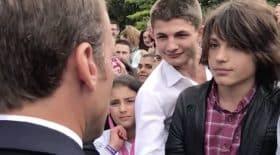 le jeune homme recadré par Emmanuel Macron vit un enfer