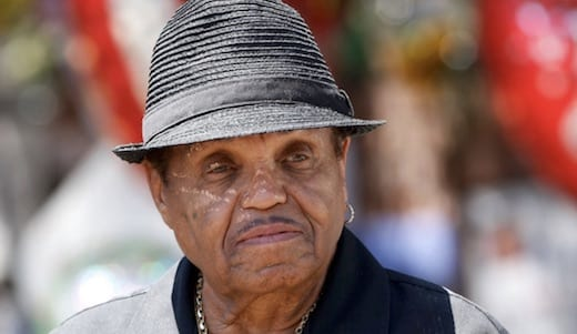 Joe jackson, le père de Michael Jackson, est décédé