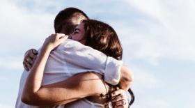 mariage, amis, promesse, célibaitaires, 50 ans