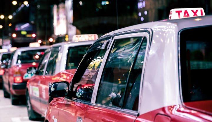 taxi, faits divers, insolite, accouchement, belgique