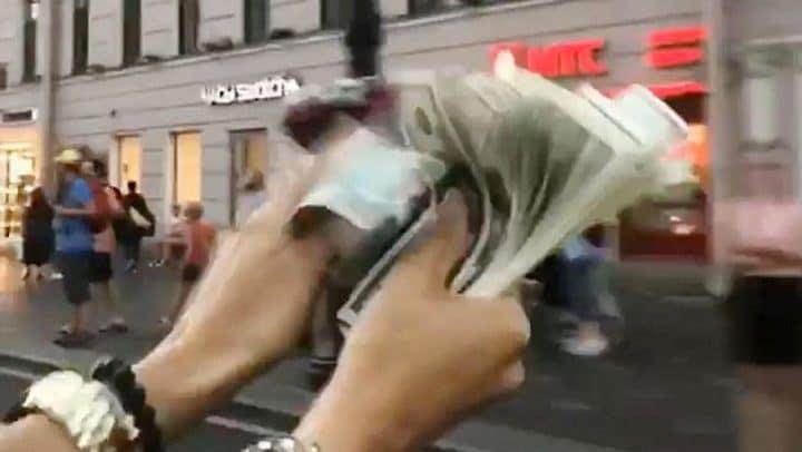 rich kids of instagram gosses de riches argent par les fenêtres