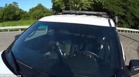 policier écrase cycliste téléphone au volant