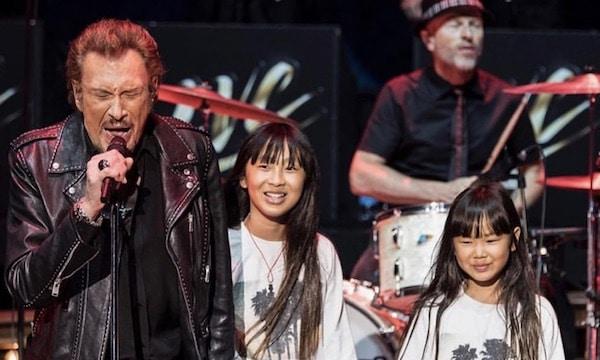Mickey Rourke rend hommage à Johnny Hallyday